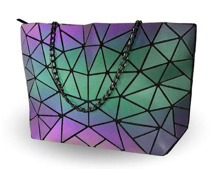 Холограмна дамска чанта Зоя