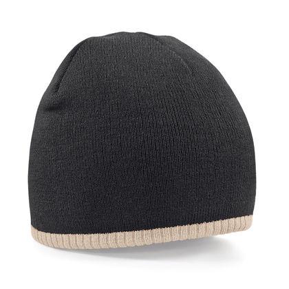 Двуцветна плетена шапка С1938